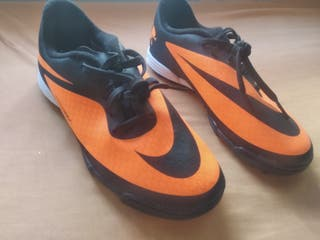 botas de fútbol NIKE n°36