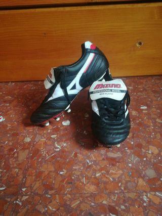 Botas de piel Mizuno Morelia