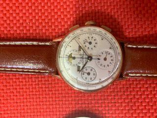 Reloj Universal Geneve caballero a cuerda