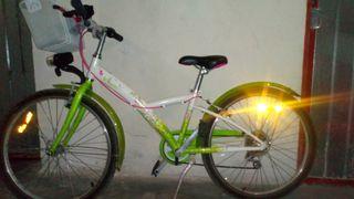 bicicleta cadete muy poco uso