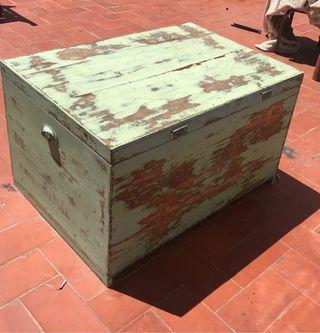 Baúl , arcón , mueble , baúl vintage decapado