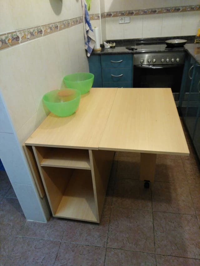 Mesa cocina en OFERTA de segunda mano por 35 € en Xativa en WALLAPOP