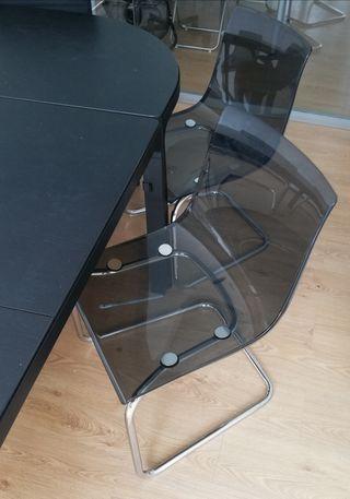 Vendo 6 sillas Ikea en perfecto estado.