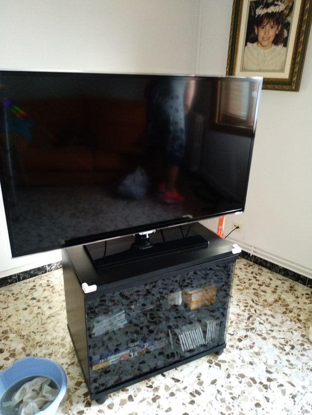 Mesa Auxiliar Tv De Segunda Mano Por 35 En Pinseque En Wallapop
