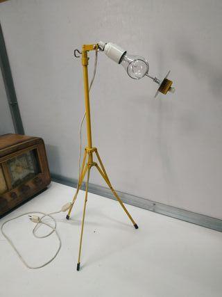 lampara flexo industrial diseño vintage tripode