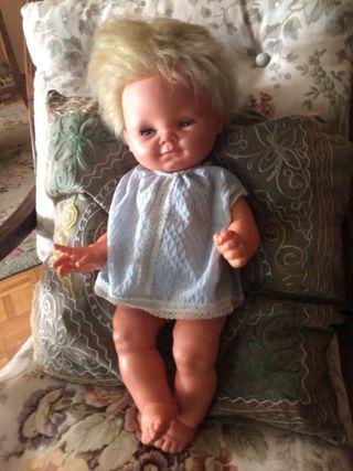 Muñeca dulcita grande