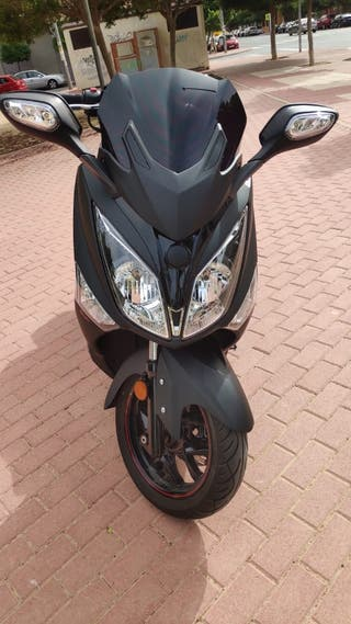 SYM Joymax 125cc scooter