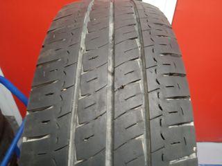 1 neumático 215/ 70 R15 C Michelin +90%