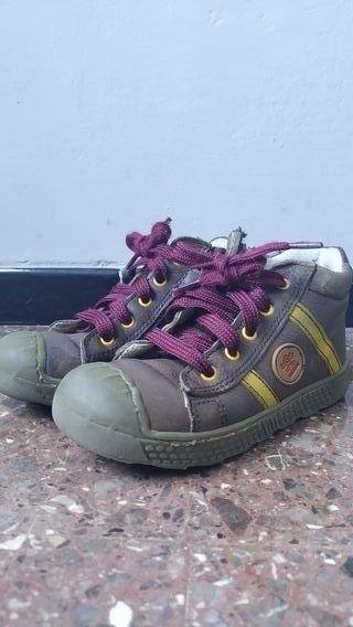 Zapatillas caña alta para niño
