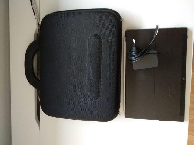 PC Tablet Windows Surface casi NUEVA