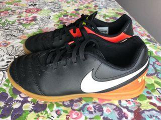 Botas Nike fútbol sala n. 35