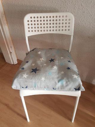 Silla con almohadon de Estrellas