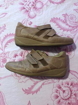 Zapato de piel deportivo mujer