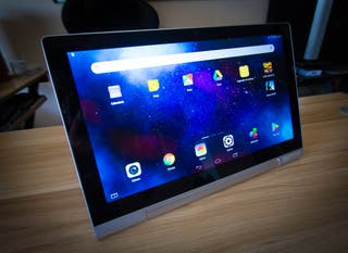Tablet Lenovo Yoga Pro2 con PicoProyector