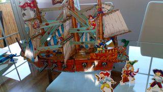Libro, barco pirata.