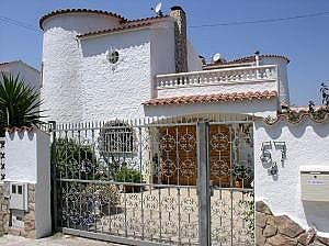 Villa en venta en Empuriabrava en Castelló d´Empúries