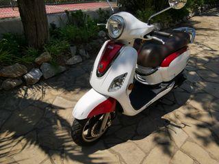 Moto 125cc Scooter Sym Fiddle 2016