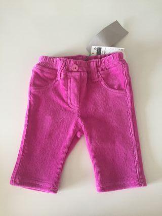 Pantalón de pana de bebé marca Benetton