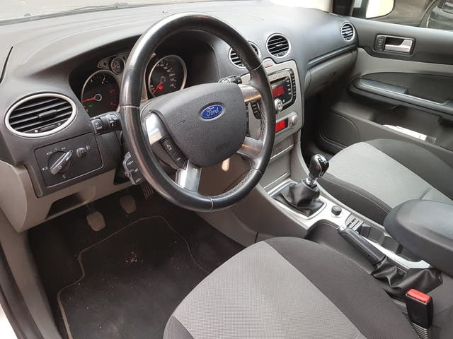 Ford Focus diciembre 2009 sportbreak familiar 136cv