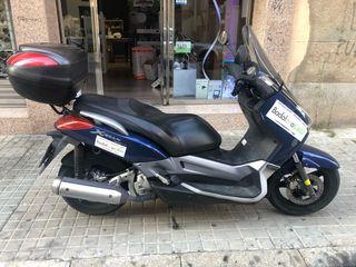Yamaha x-max 250 CC buen estado