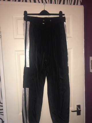 Black cargo trousers SIZE L