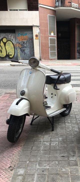 Vespa SL 125