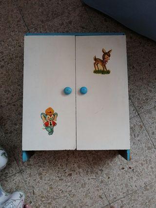 armario muñecas