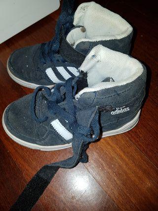 619e86ef823 Zapatillas para niño de segunda mano en la provincia de Vizcaya en ...