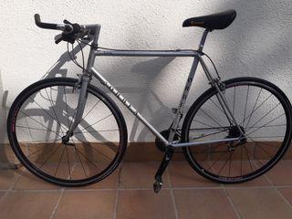 bicicleta urbana Shimano 105