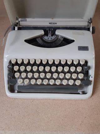 Maquina de escribir Triumph