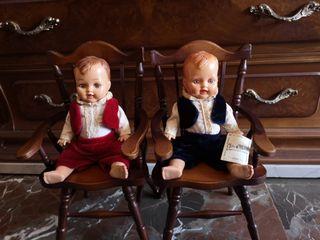 Muñecos antiguos