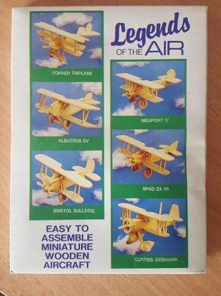 Avión de madera para montar