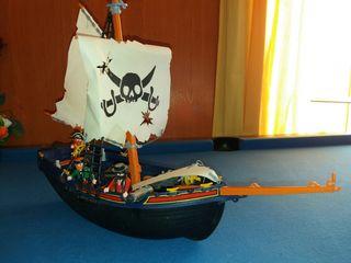 Playmobil barco pirata.