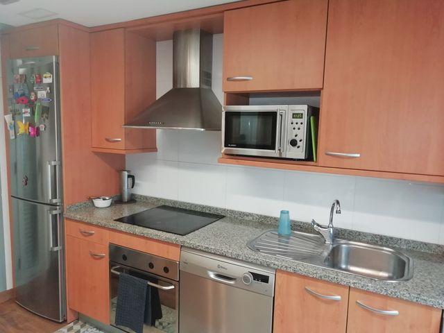Muebles de cocina, encimera, fregadero y extractor de segunda mano ...