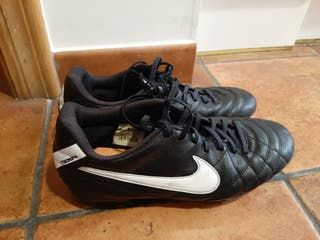 Botas Nike de fútbol