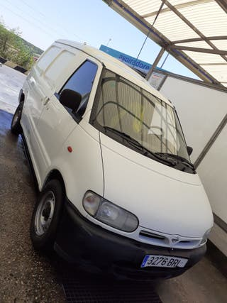 Nissan Vanette 2002