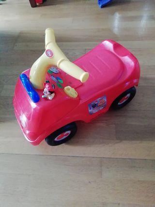 coche correpasillos mickey