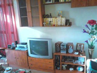 Conjunto de muebles de salón y dormitorio