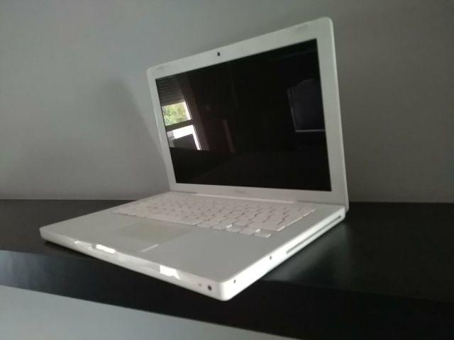 MacBook 11 pulgadas averiado