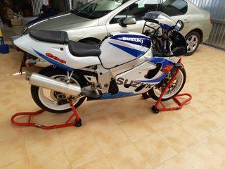Suzuki GSX R 600cc 110 CV