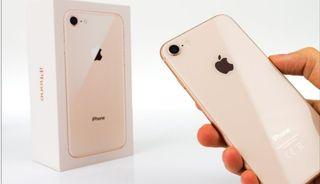 se vende iphone 8 por piezas. esta completo