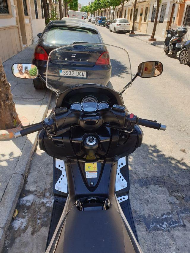Yamaha tmax 500 cc de segunda mano por 6 000 € en Córdoba en