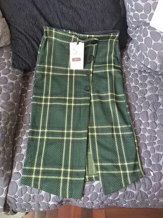 Falda nueva, con etiquetas, talla M