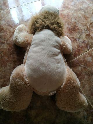 leon de peluche