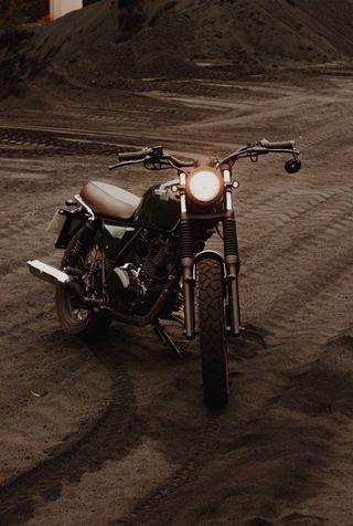 Alquilo moto café racer Brixton Bx 125cc