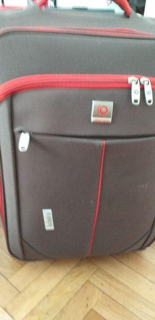 maleta muy buena para viajar