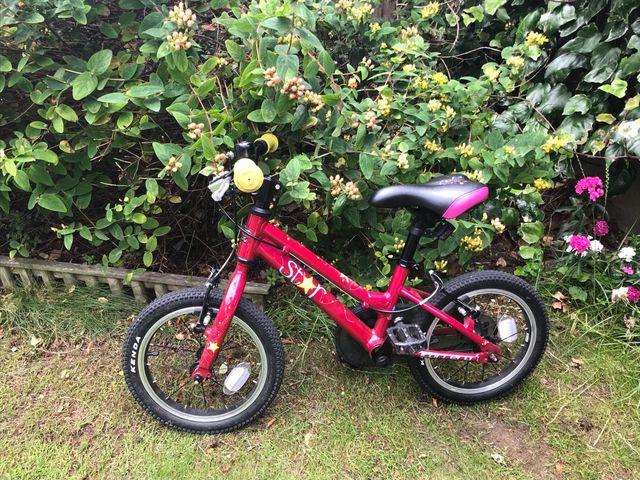 "Carrera star bike 14"". 4 to 6 years old"