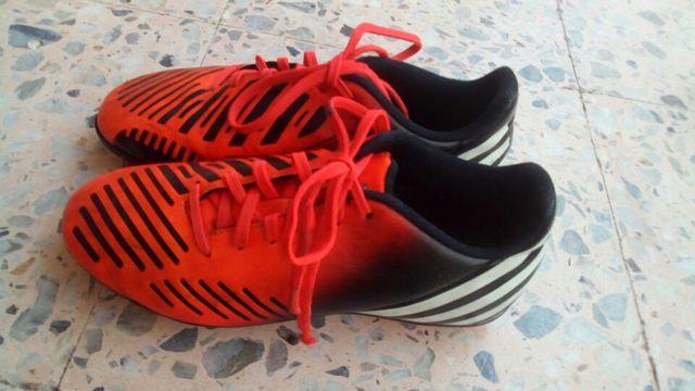 Botas de fútbol Adidas predito