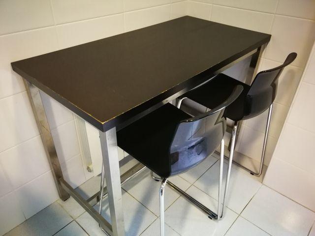 Mesa alta de cocina tipo barra y taburetes IKEA de segunda mano por ...