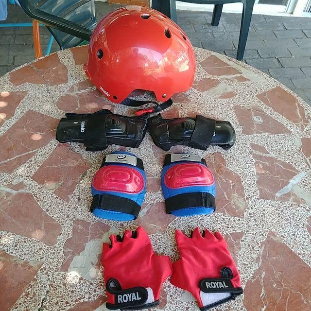 Casco skateboard bicicleta guantes rodilleras